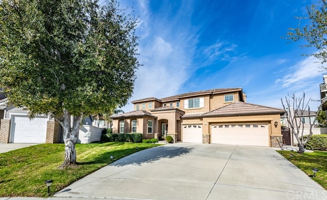 6121 Royal Diamond Court, Eastvale, CA 92880