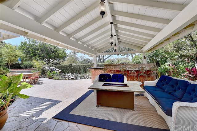 2713 Starbird Drive, Costa Mesa, CA 92626