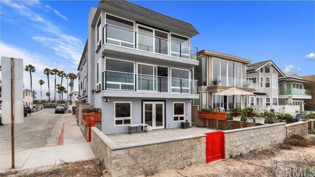 Photo of 7310 W Oceanfront, Newport Beach, CA 92663