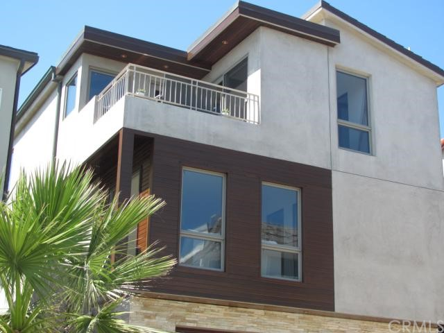 221 36th Street, Manhattan Beach, California 90266, 3 Bedrooms Bedrooms, ,3 BathroomsBathrooms,For Sale,36th,S11072850