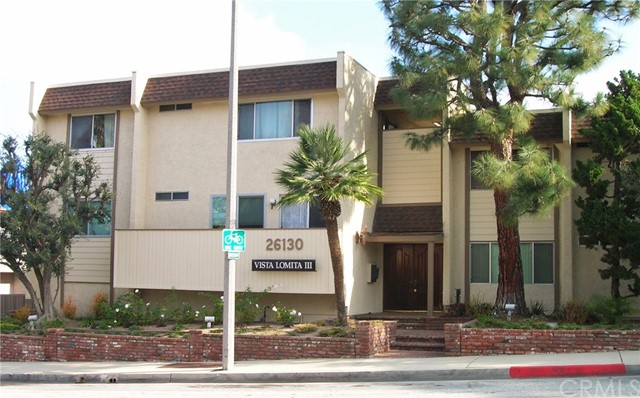 26130 Narbonne Avenue, Lomita, California 90717, 2 Bedrooms Bedrooms, ,1 BathroomBathrooms,Condominium,For Sale,Narbonne,SB20039102
