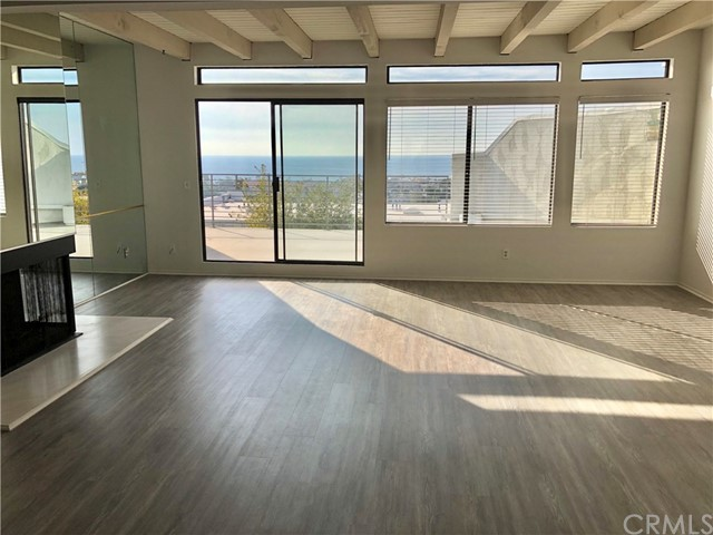 736 Gould Avenue 24, Hermosa Beach, California 90254, 3 Bedrooms Bedrooms, ,2 BathroomsBathrooms,For Rent,Gould,SB18276152