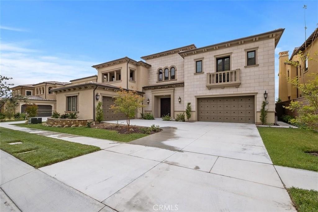 184     Leafy, Irvine CA 92602