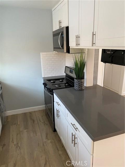 2105 Marshallfield Lane 3, Redondo Beach, California 90278, 2 Bedrooms Bedrooms, ,1 BathroomBathrooms,For Rent,Marshallfield,SB21045952