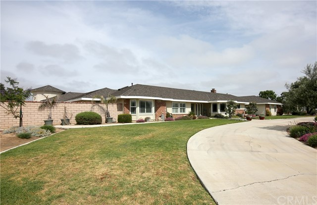 2575 Bridle Trails Lane, Santa Maria, CA 93454