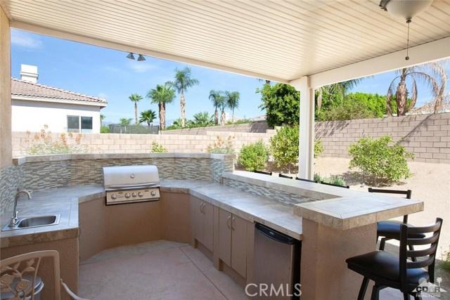 79910 Amora Drive, La Quinta, CA 92253