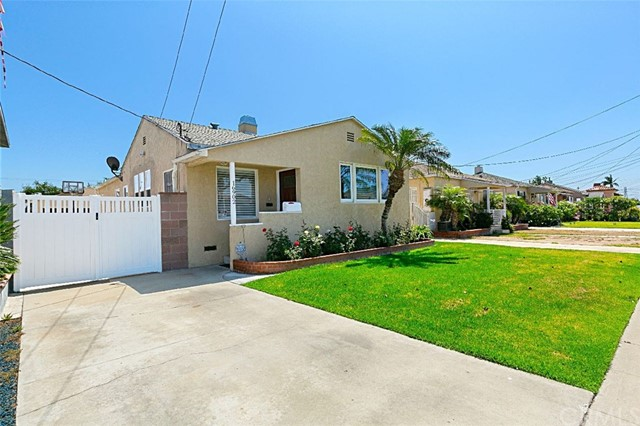 16902 La Salle Avenue, Gardena, CA 90247