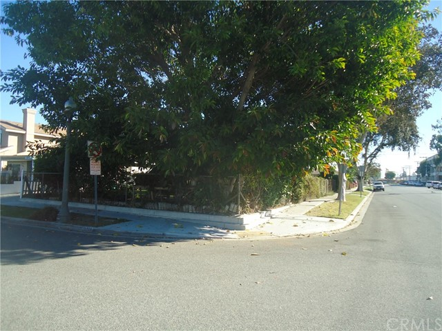 10852 Pine Street, Los Alamitos, CA 90720