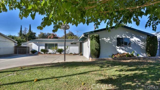 2247 Carlton Avenue, Pomona, CA 91768