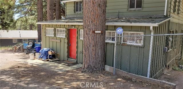 31788 Panorama Drive, Running Springs, CA 92382