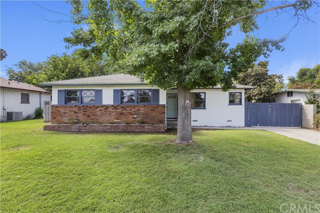 4882 Luther Street, Riverside, CA 92504