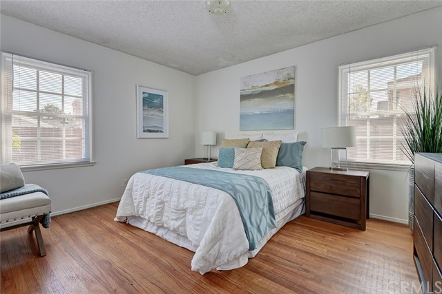 1634 22nd Street, Manhattan Beach, California 90266, 3 Bedrooms Bedrooms, ,1 BathroomBathrooms,For Sale,22nd,SB19046037