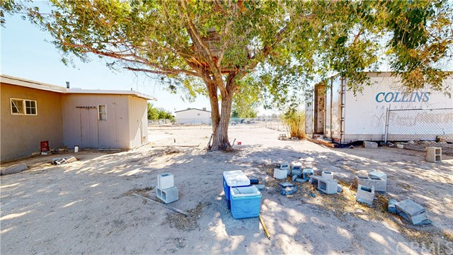 37555 Houston St, Lucerne Valley, CA 92356 Photo 34
