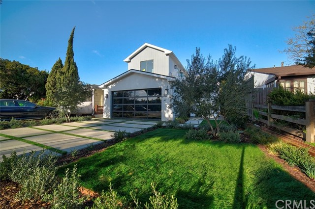 Stunning New 2 Story Residence. Brand New Construction. Solar Panel, a must see!