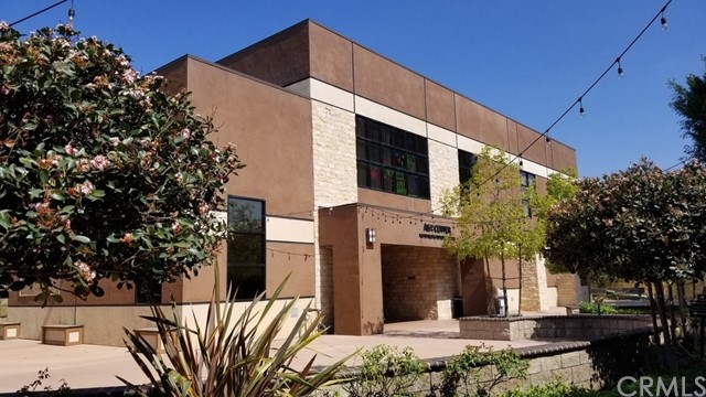 1600 N Acacia Avenue, Fullerton, CA 92831