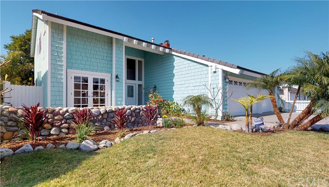 19971 Weems Lane, Huntington Beach, CA 92646