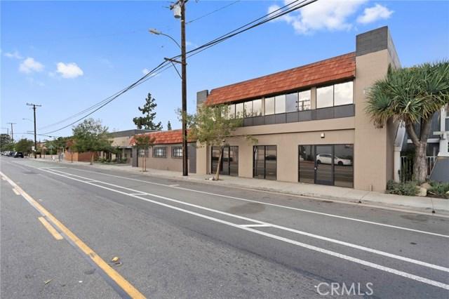 1015 E Chestnut Avenue, Santa Ana, CA 92701