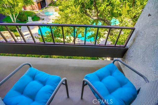 41. 8711 Falmouth Avenue #110 Playa del Rey, CA 90293