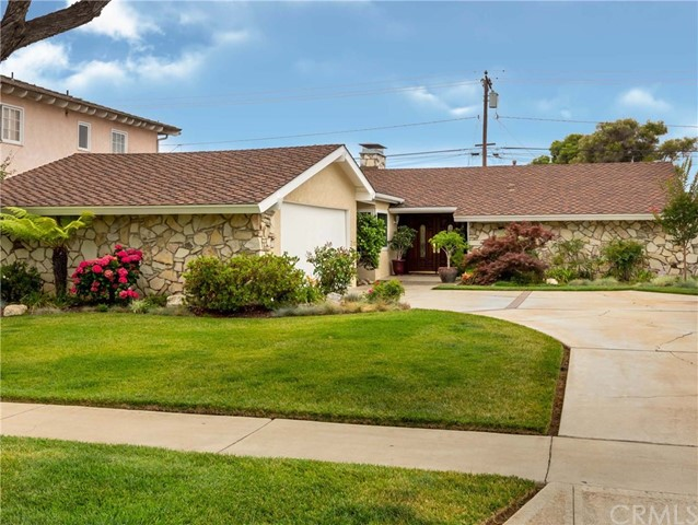 4423 Clubhouse Drive, Lakewood, CA 90712