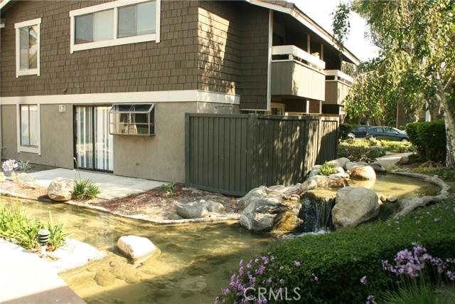 19. 27 Streamwood #27 Irvine, CA 92620