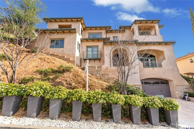 1636 Valley View Road, Glendale, CA 91202