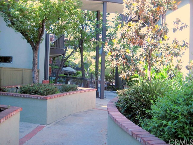 330 Cordova St, Pasadena, CA 91101 Photo 27