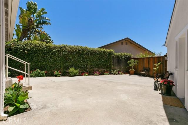 15. 204 Los Bautismos Lane San Clemente, CA 92672