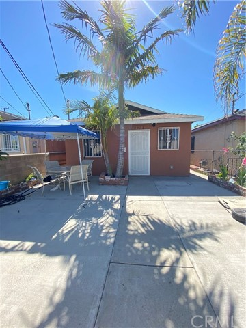 8231 Croesus Avenue, Los Angeles, CA 90001