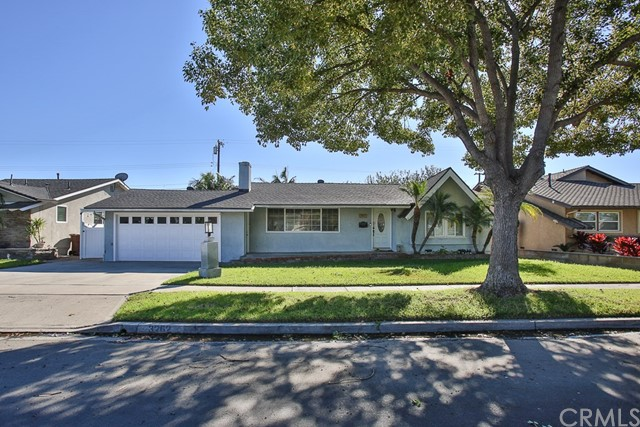 Photo of 3262 W Ravenswood Drive, Anaheim, CA 92804