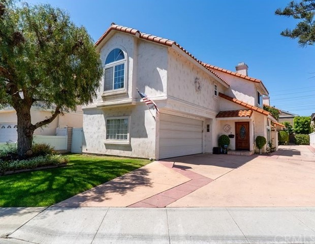 2703 Huntington Lane A, Redondo Beach, California 90278, 4 Bedrooms Bedrooms, ,3 BathroomsBathrooms,For Sale,Huntington,SB20128866