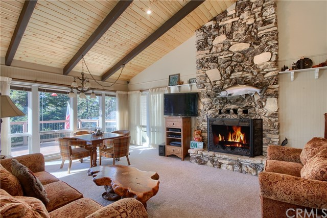 37526 Road 274, Bass Lake, California 93604, 4 Bedrooms Bedrooms, ,3 BathroomsBathrooms,Single Family Residence,For Sale,Road 274,FR20251516