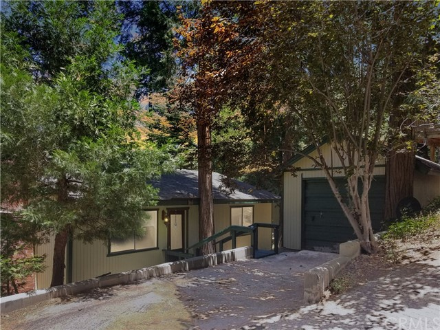 542 Rose Lane, Twin Peaks, CA 92391