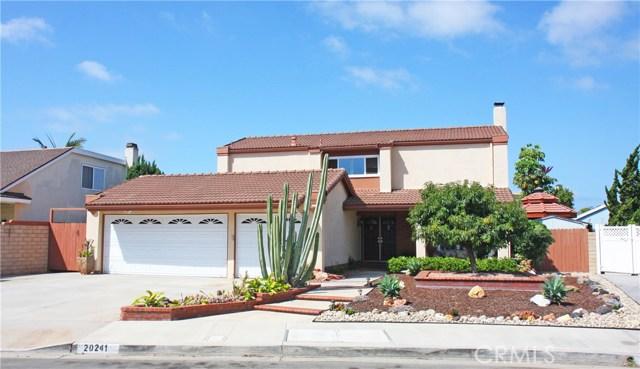 20241 Meander Lane, Huntington Beach, CA 92646