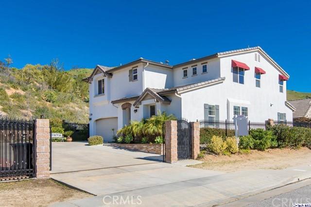 10265 Horsehaven Street, Sun Valley, CA 91352