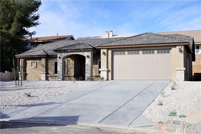 17850 Ironwood Lane, Victorville, CA 92395