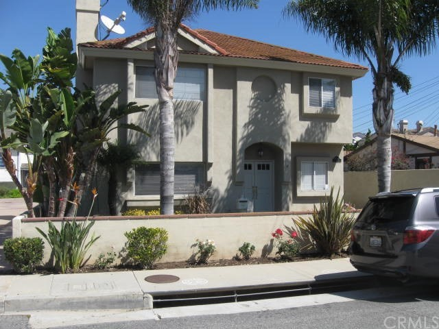 2207 Pullman Lane A, Redondo Beach, California 90278, 4 Bedrooms Bedrooms, ,3 BathroomsBathrooms,For Rent,Pullman,SB18143752