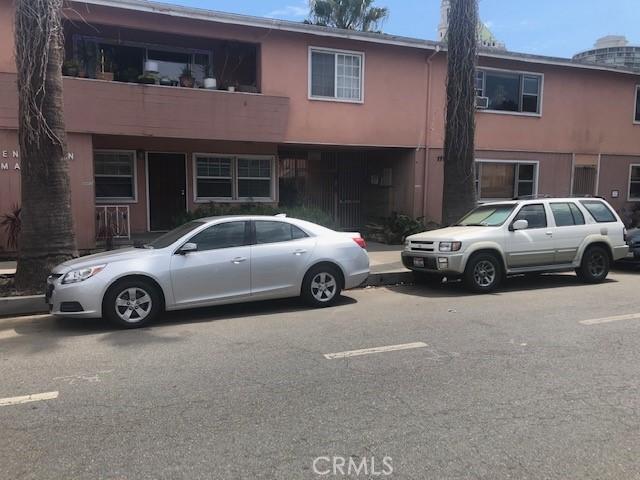 930 E 1st St #14, Long Beach, CA 90802