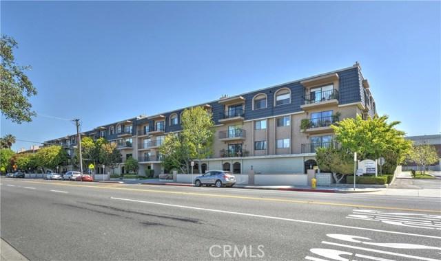 12400 Montecito Road 403, Seal Beach, CA 90740