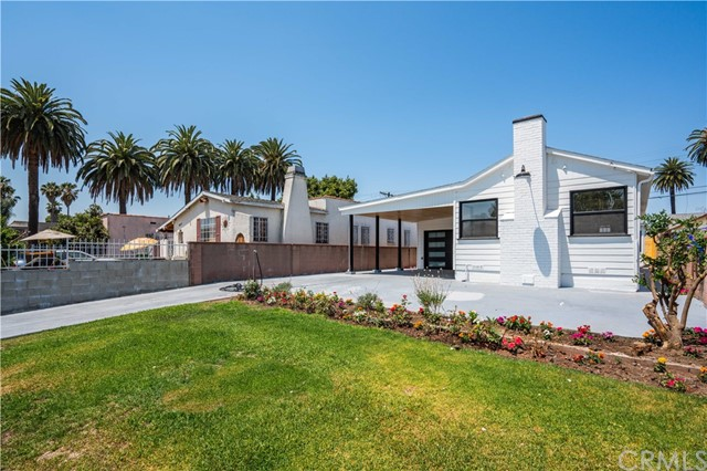 4. 6325 6th ave Los Angeles, CA 90043