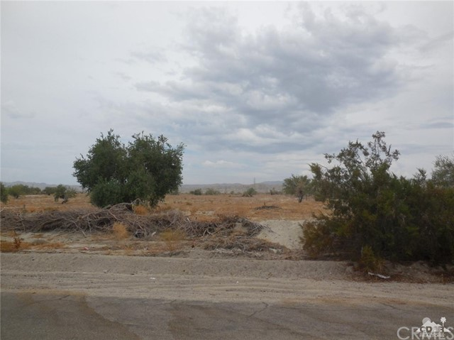 100080 72nd Avenue, Thermal, CA 92274