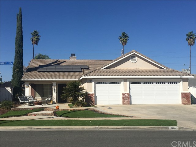 867 Kingsgate Drive, Corona, CA 92882