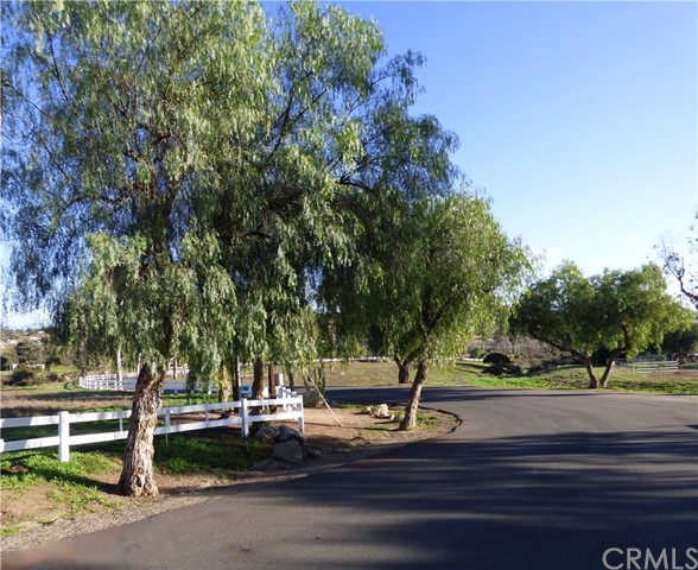 217 Sky Mesa Rd, Juniper Flats, CA 92548 Photo 22