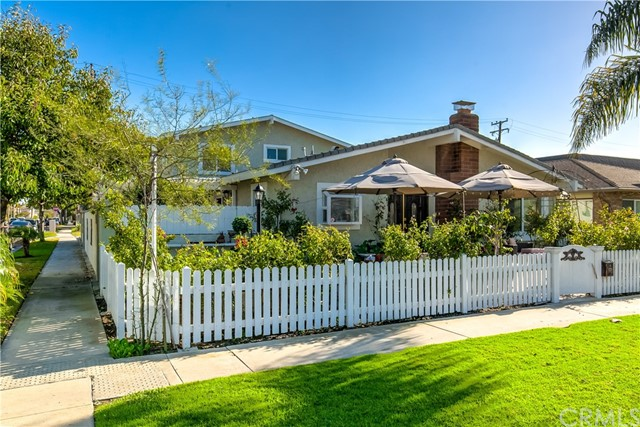 526 17th Street, Huntington Beach, CA 92648