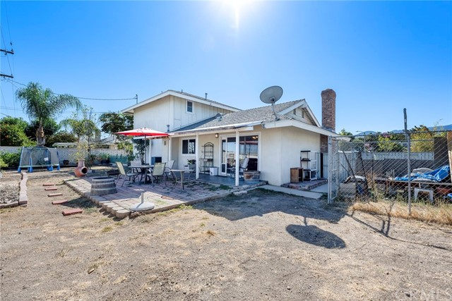 175 E Old Mill Road, Corona CA: https://media.crmls.org/medias/a79b2d22-8c8f-42ec-9293-2210e917adf6.jpg