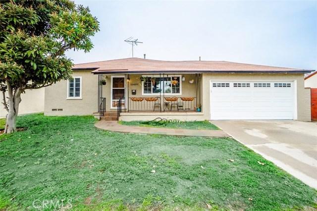 10409 Califa Street, North Hollywood, CA 91601