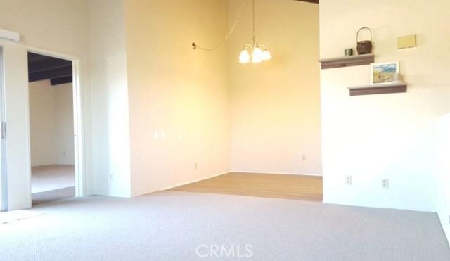 2706 Voorhees Avenue 2, Redondo Beach, California 90278, 1 Bedroom Bedrooms, ,1 BathroomBathrooms,For Rent,Voorhees,SB19025303
