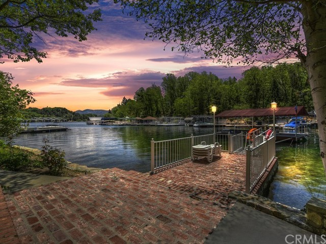 883 Shelter Cove Drive, Lake Arrowhead, CA 92352