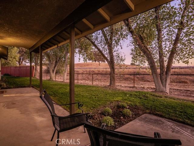 5795 Loma Verde Drive, Paso Robles, CA 93446