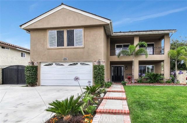 10011 Kaylor Avenue, Los Alamitos, CA 90720