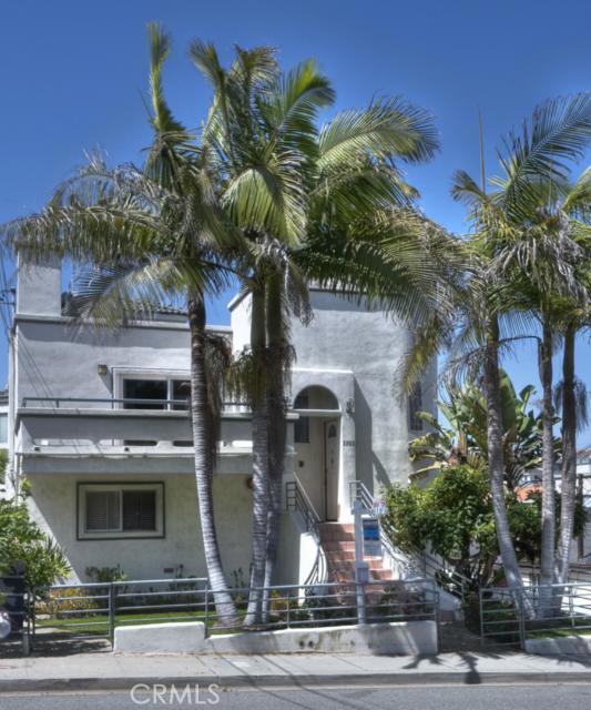 1921 Mathews Avenue A, Redondo Beach, California 90278, 3 Bedrooms Bedrooms, ,3 BathroomsBathrooms,For Sale,Mathews,S11090577